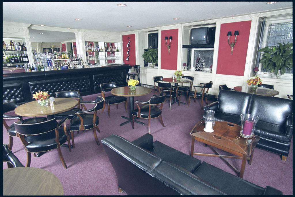 Bar, Engineers Club